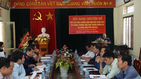 """""""Dau cham het"""" cho xe qua tai tai cang, ben khu vuc song Duong - Anh 1"""
