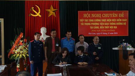 """""""Dau cham het"""" cho xe qua tai tai cang, ben khu vuc song Duong - Anh 5"""