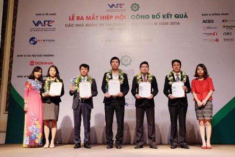 Bao Viet lot Top 5 'Doanh nghiep niem yet co hoat dong Quan he Nha dau tu (IR) tot nhat 2016' - Anh 1