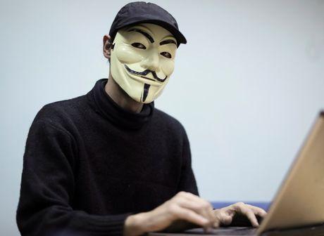 Nuoc Nga bi hacker Ukraine de doa se 'tung he' bi mat cua Dien Kremli - Anh 2