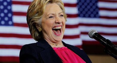 Dai bieu Quoc hoi My cao buoc Clinton toi phan quoc - Anh 1