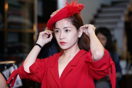 Chi Pu khac la, Ngoc Han quyen ru trong buoi thu do cua NTK Xuan Le cho VIFW - Anh 4
