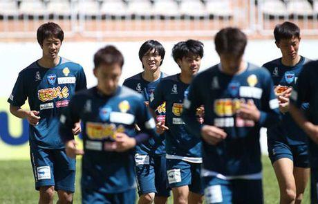Cong Phuong, Tuan Anh tai ngo V-League: Noi buon tren dat Nhat - Anh 1