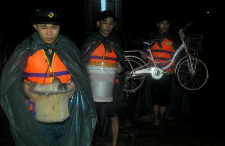 Mua lu co lap hang nghin ho dan o Binh Dinh - Anh 7