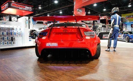 Xe the thao Toyota 86 gan dong co Ferrari - Anh 4