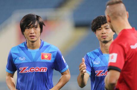 Cong Phuong dat muc tieu da chinh o AFF Cup - Anh 1