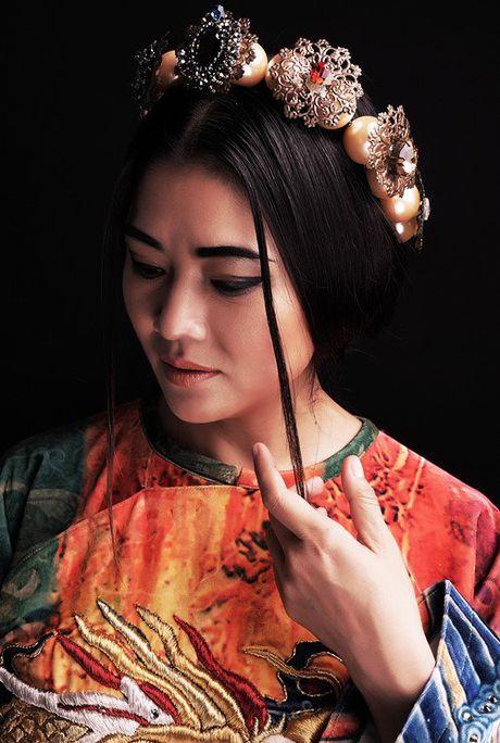 Nhung MC gac su nghiep de theo duoi hoc hanh - Anh 4