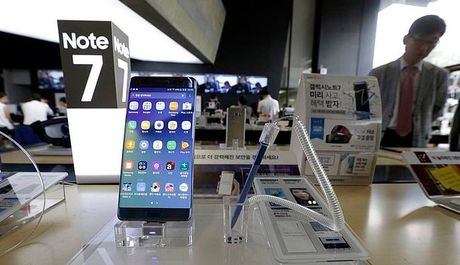 Samsung thu nhan chua tim ra cach xu ly 4,3 trieu may Note 7 - Anh 1