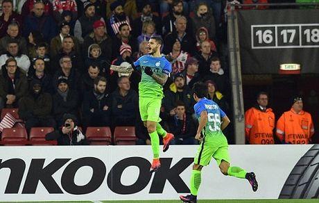 Southampton 2-1 Inter: Tram tuong van khong doi van - Anh 1