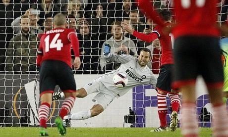 Southampton 2-1 Inter: Tram tuong van khong doi van - Anh 2