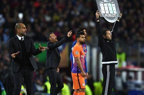 CHIEN THUAT: Aguero, Firmino va xu huong tien dao cam-phong ngu - Anh 1