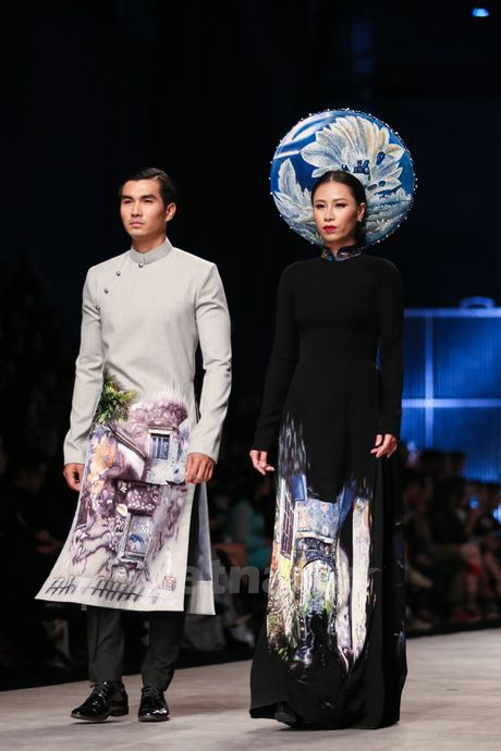 Den Fashion Week 2016 ngam ao dai cua nha thiet ke Dinh Van Tho - Anh 22