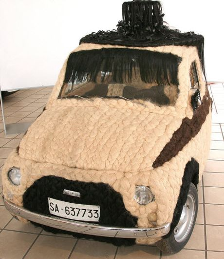 Dung 100kg toc de trang diem cho o to Fiat 500 co - Anh 2