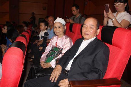 Le Tuyen duong hoc sinh DTTS: Suot dem khong ngu duoc vi… qua vui - Anh 4