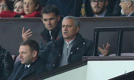 Van de cua M.U khien Mourinho 'mat ngu' - Anh 1