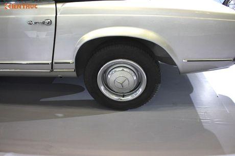 Mui tran 'hang hiem' Mercedes 230SL hon 50 tuoi tai VN - Anh 5