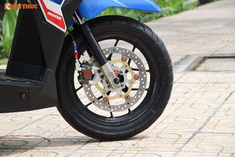 Honda Click 125i do 'do choi khung' tai Sai Gon - Anh 3
