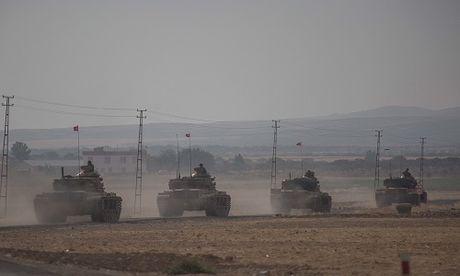 Phien quan IS tan cong binh si Tho Nhi Ky o Syria - Anh 1