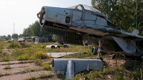 Dau long dan tiem kich MiG hoen ri gan Moscow - Anh 5