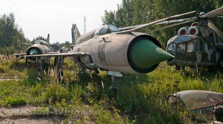 Dau long dan tiem kich MiG hoen ri gan Moscow - Anh 6