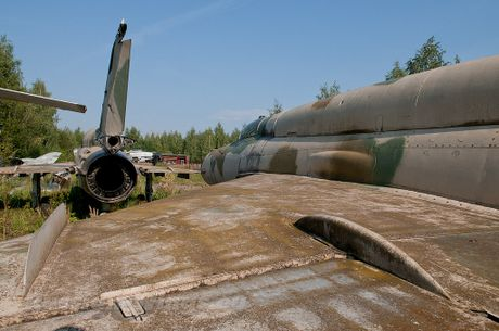 Dau long dan tiem kich MiG hoen ri gan Moscow - Anh 7