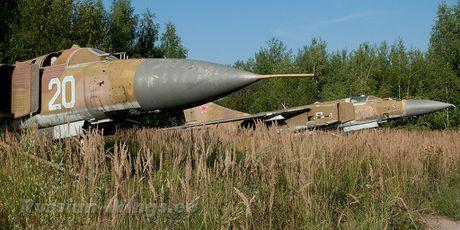 Dau long dan tiem kich MiG hoen ri gan Moscow - Anh 8