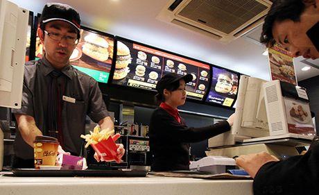 McDonald thu nghiem goi mon va thanh toan bang dien thoai di dong - Anh 1