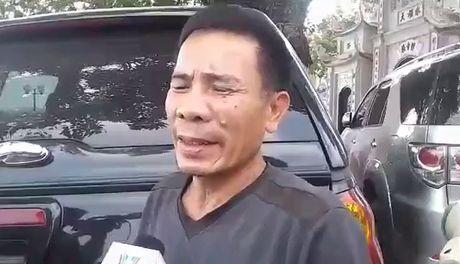 Khung canh tro trui trong ngoi chua co ben ho Tay sau khi bi lua thieu rui - Anh 1