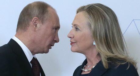 Moi quan he 'chua cay' cua ba Clinton voi ong Putin va loi nhan la - Anh 1