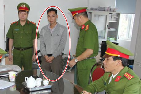 Them mot can bo Cong ty xo so kien thiet Ha Giang bi bat - Anh 1