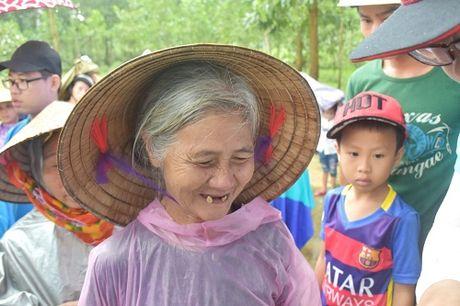Chung Tay mien Trung – Tiki lan loi ve vung ron lu - Anh 9