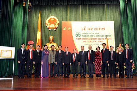 Vien Chien luoc va Chinh sach tai chinh don nhan Huan chuong Doc lap hang Ba - Anh 5