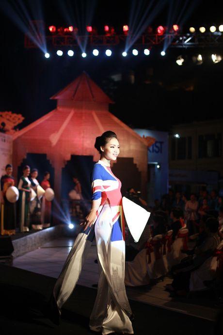 Thanh Thuy tiet lo chuyen thue biet thu nhot dien vien - Anh 2