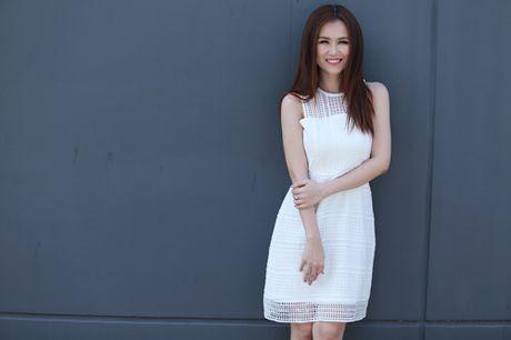 Ha Tram, Linh Phi mach cach thai doc cho da hay trang diem - Anh 3