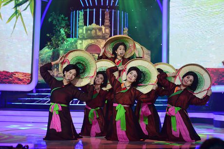 My Linh than phuc man gia gai dong vai Anh Tho cua Le Viet - Anh 2