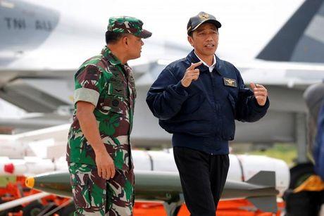 Tong thong Indonesia tuyen bo khong thoa hiep ve chu quyen o Bien Dong - Anh 1