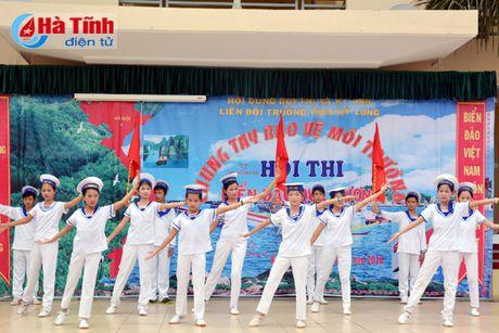 'Chung tay bao ve moi truong bien - dao que huong' - Anh 1