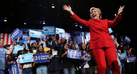 Ba Clinton bi to la nhan vat chu chot trong su tan ra cua Libya - Anh 1