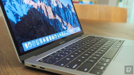 MacBook Pro 2016 'an theo' cong nghe khong day? - Anh 1