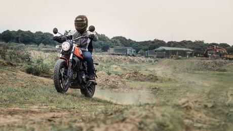 Ducati Scrambler Sixty2: Cong tu do thanh - Anh 1