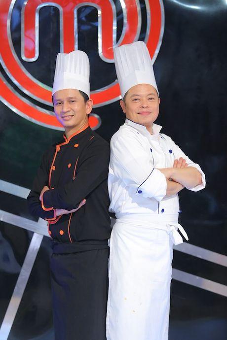 Vua dau bep nhi: Khong chi cac dau bep nhi, Chef Jack Lee va Alain Nguyen cung 'hoang loan' khi lam doi truong - Anh 3