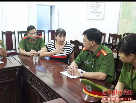 Loi khai he lo duong day 'chay viec' vao cac benh vien - Anh 1