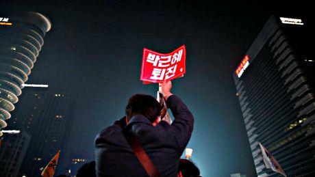 Hang chuc ngan nguoi bieu tinh o Seoul, doi Tong thong Park tu chuc - Anh 5