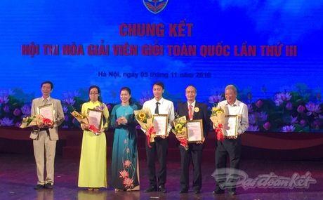 Chung ket Hoi thi Hoa giai vien gioi toan quoc lan thu III - Anh 1