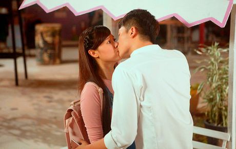 '4 nam, 2 chang, 1 tinh yeu': Phim hoc tro con non tay - Anh 2