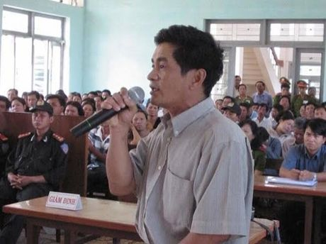 Nguyen dieu tra vien vu ong Nen bi thu hoi chung chi hanh nghe - Anh 1