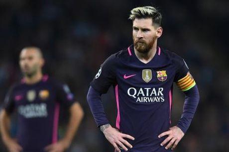 CAP NHAT sang 5/11: Guardiola lam ro vu gay go cua Messi. Lo dien 8 cau thu sap bi Mourinho thanh ly - Anh 1