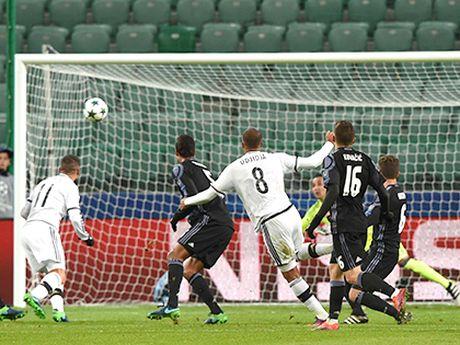 Hang thu Real Madrid: Ai ghi ban, toi cho! - Anh 1