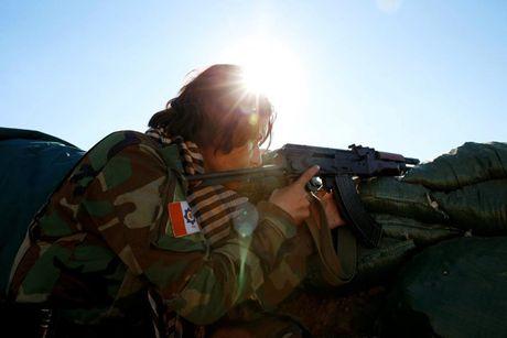 Ve dep nhung nu chien binh nguoi Kurd trong cuoc chien o Mosul - Anh 11