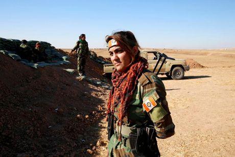 Ve dep nhung nu chien binh nguoi Kurd trong cuoc chien o Mosul - Anh 5